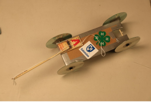 Mousetrap car STEM activity